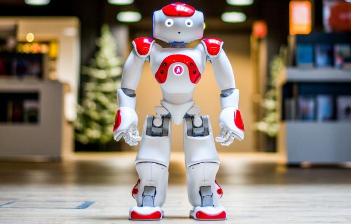 Robots besturen in Bibliotheek Zwanenveld